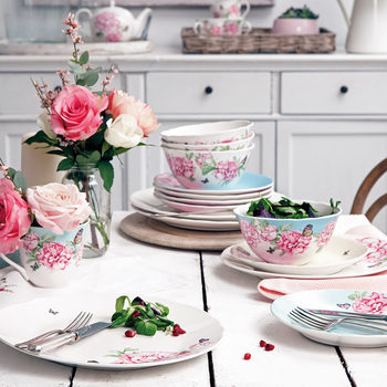 Miranda Kerr For Royal Albert Fine Bone China 16 Piece Dinnerware Set