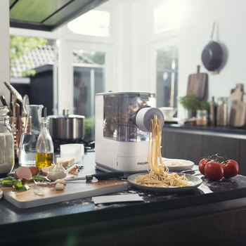 Philips Viva Pasta and Noodle Maker, HR2332/12
