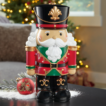 1ft 7 inches (45.7 cm) Indoor/Outdoor Decorative Christmas Nutcracker