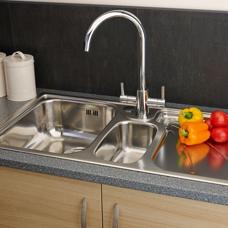Reginox Madison 1 And a Half Bowl Stainless Steel Sink in 2 Styles ...