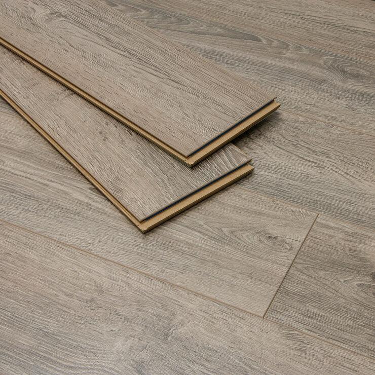 Golden Select Hartford Oak Splash, Ac5 Laminate Flooring