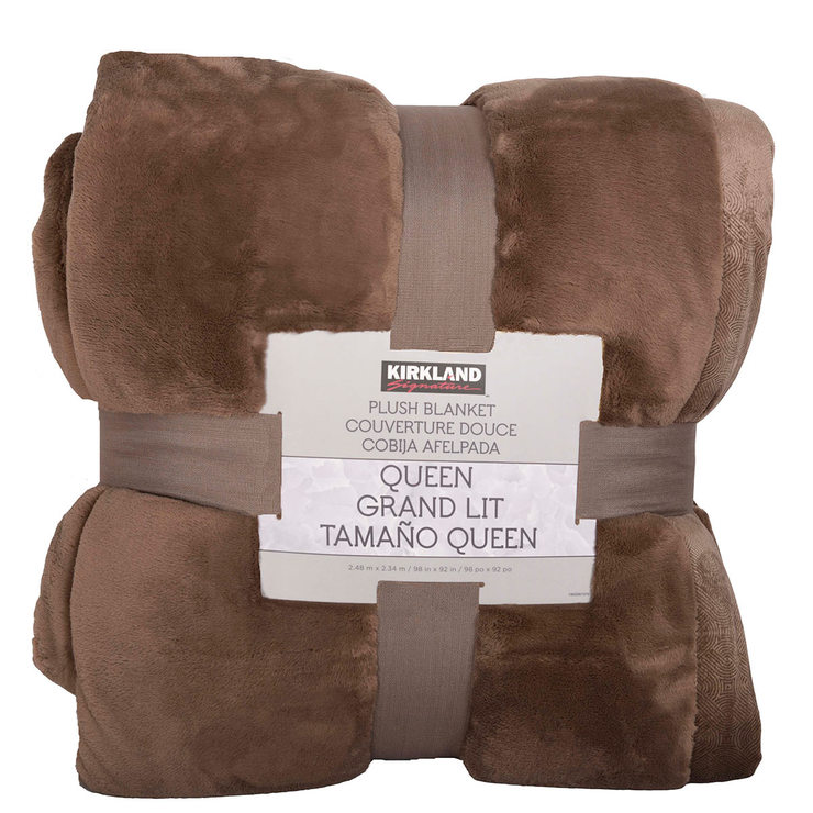 Costco Furniture Kirkland: Kirkland Signature King Size Plush Blanket In Sorrel Brown