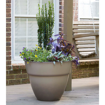 "Southern Patio 55cm (22"") Resin Zoya Planter In 2 Colours"