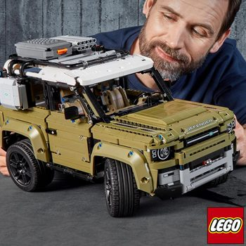 LEGO Technic Land Rover Defender - Model 42110 (11+ Years)
