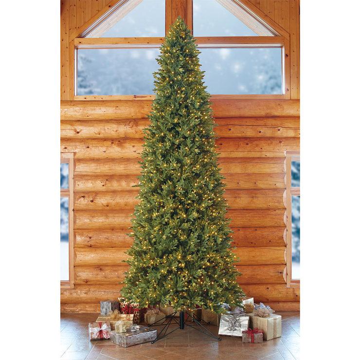 super popular b6a6b af287 Aspen 15ft (4.5m) Pre Lit 2,100 LED Dual Colour Artificial Christmas Tree |  Costco UK