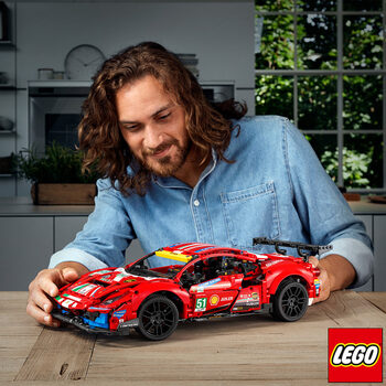 LEGO Technic Ferrari 488 GTE AF Corse #51- Model 42125 (18+ Years)
