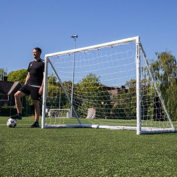 QUICKPLAY Q-Fold 8 x 5ft (244 x 152cm) Folding Football Goal