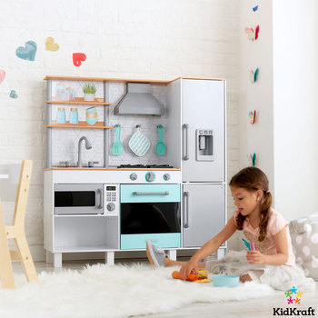KidKraft Gourmet Chef Play Kitchen With EZ Kraft Assembly (3+ Years)