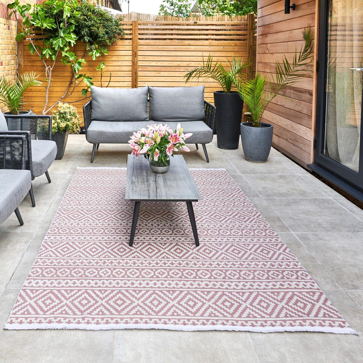 Jazz Pink Indoor Outdoor Rug In 2, Pink Outdoor Rug Uk