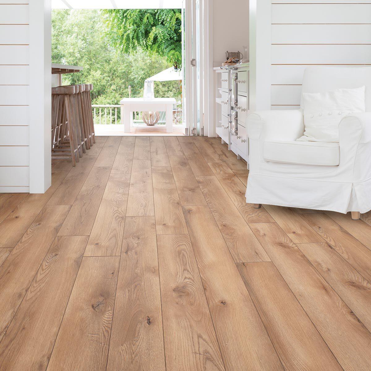 Ac5 Laminate Flooring, Woodland Oak Laminate Flooring