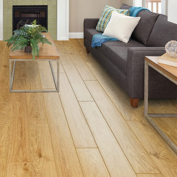 Golden Select Nottingham (Oak) Laminate Flooring with Foam Underlay - 1.16 m² Per Pack