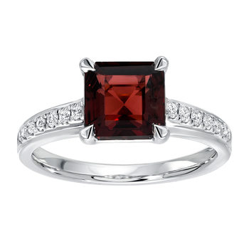 1.00ctw Square Cut Garnet and 0.14ctw Diamond Ring, 18ct White Gold