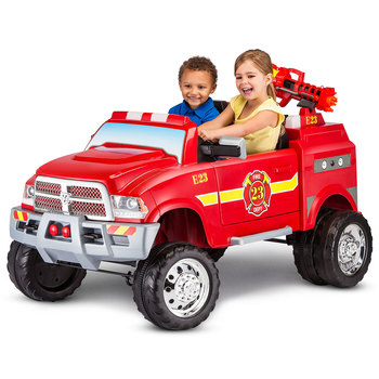 KidTrax 12V Dodge Ram 3500 Fire Engine with Detachable Water Gun (3-7 Years)