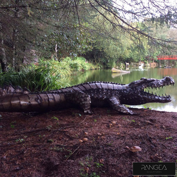 Pangea 11ft (335.3cm) Crocodile Ornamental Metal Structure - Large