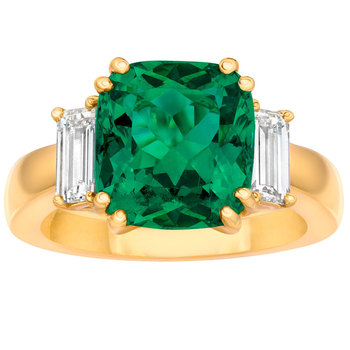 4.70ct Cushion Cut Emerald and 0.86ctw Diamond Ring, 18ct Yellow Gold