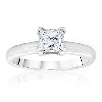 0.70ct Princess Cut Diamond Solitaire Ring, Platinum