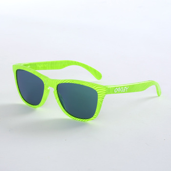 Oakley Fingerprint Collection Frogskins Retina Burn Sunglasses with Jade Mirrored Lenses, OO9013-54